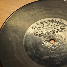 Photograph of vinyl Berliner recording